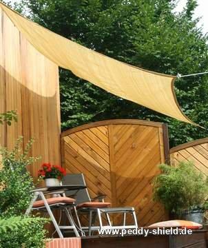 Toldos rectangulares para terraza y jard n for Material para toldos correderos